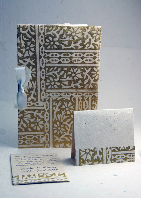 Program favor and place card set in Golden Woodcut